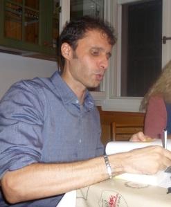 Laureato in Scienze Politiche a Bologna, esperto in marketing (dopo il Master, ha trovato lavoro in un'azienda ceramica di Faenza), Giovanni Prodi ha cominciato a scrivere nel 2010, in maniera del tutto casuale. «Un sabato sera un amico mi ha confidato di aver cominciato a scrivere un romanzo e allora mi sono detto: 'Beh, non male come idea. Perché non provare?'. La cosa buffa è che non solo non avevo mai scritto nulla né avevo mai pensato di farlo, ma negli ultimi anni non avevo più letto romanzi. Mi ero dedicato ai saggi, principalmente di storia, e in modo particolare di storia americana, con una speciale attenzione rivolta alla famiglia Kennedy. È stato quindi naturale ambientare il primo romanzo, 'Delitto all'ombra di JFK', attorno ai fatti dell'attentato a in cui venne assassinato il 35esimo presidente degli Stati Uniti. Questo romanzo è ancora inedito, ma la casa editrice Montegrappa, con cui ho pubblicato 'La Donna di Cuori', si è detta disposta a pubblicarlo il prossimo anno; e ci sto ancora lavorando. Per completare la documentazione, infatti, nel novembre 2013 sono andato a Dallas in occasione del cinquantenario dell'attentato a JFK».